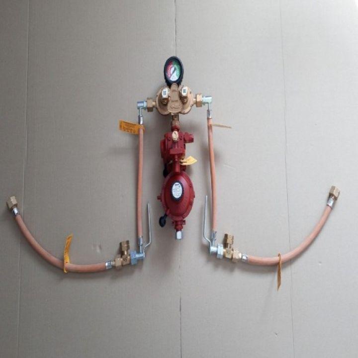Газобалонка GOK на 4 балона, 12кг/год 50 mbar (автоматична на м'якій основі)